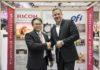 Tad Furushima di Ricoh con Frank Mallozzi di EFI.