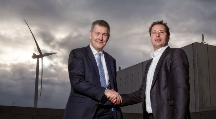 Da sinistra Peter Struik (Fujifilm) e Marc van der Linden (Eneco Group).