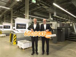 A sinistra Michael Fries, CEO di Onlineprinters, con Rainer Hundsdörfer, Direttore Generale di Heidelberger.