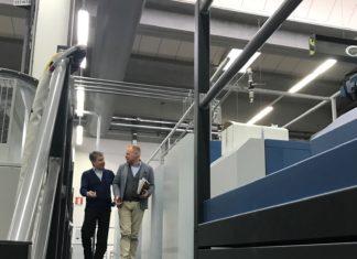 A sinistra Emanuele Pogliani di KBA Italia, responsabile vendite. Con Davide Dei Rossi di Rotolito Lombarda.