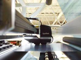 QuadTech DeltaCam fornisce accurate misurazioni spettrali in linea, riducendo gli scarti e garantendo che tutti i prodotti stampati siano conformi alle specifiche colore dei clienti.