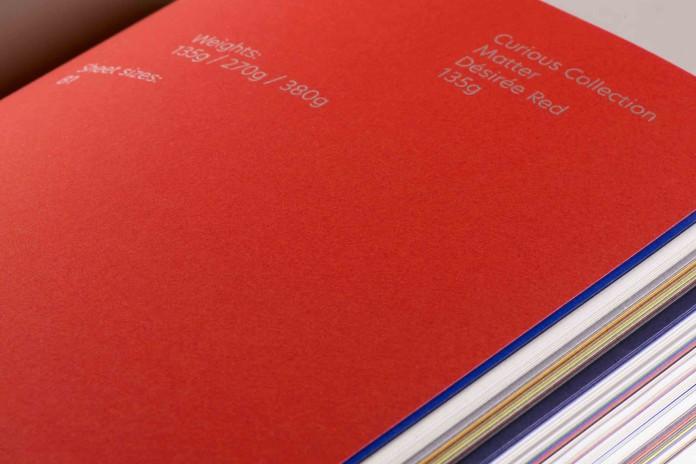 Mentre prosegue il tour europeo di Pop'UP Exhibitions, il Gruppo francese presenta Paper Book, al servizio del mondo della creatività e delle aziende.