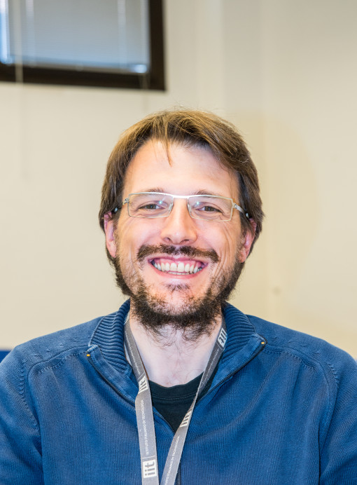 Mario Caironi, team leader del gruppo Printed and Molecular Electronics dell'IIT.